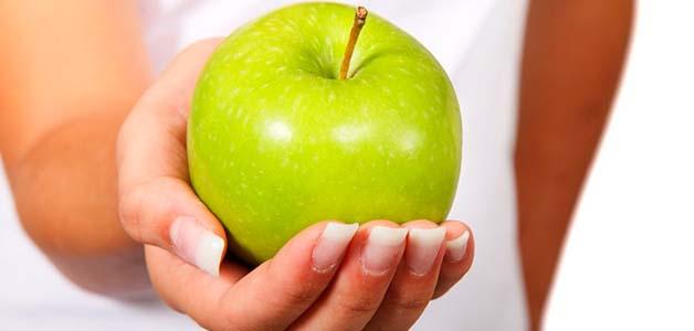 Яблоки – польза, вред и лечебные свойства
